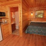 River's Edge Resort: Jack's Cabin Sleeping Accomodations