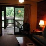 Hotel Suites - River's Edge Resort, Eminence, MO